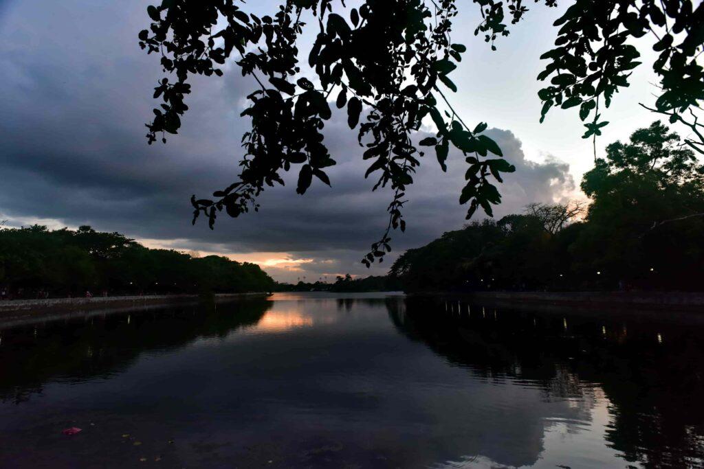 Evening over Rabindra Sarovar Lake Kolkata-min